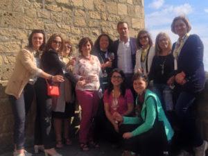 Napoli Donne del vino a Castel dell'Ovo
