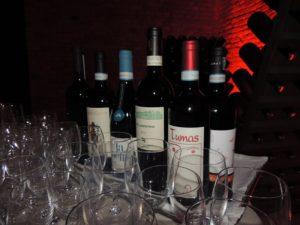 Alcune bottiglie delle Donne del Vino del Piemonte