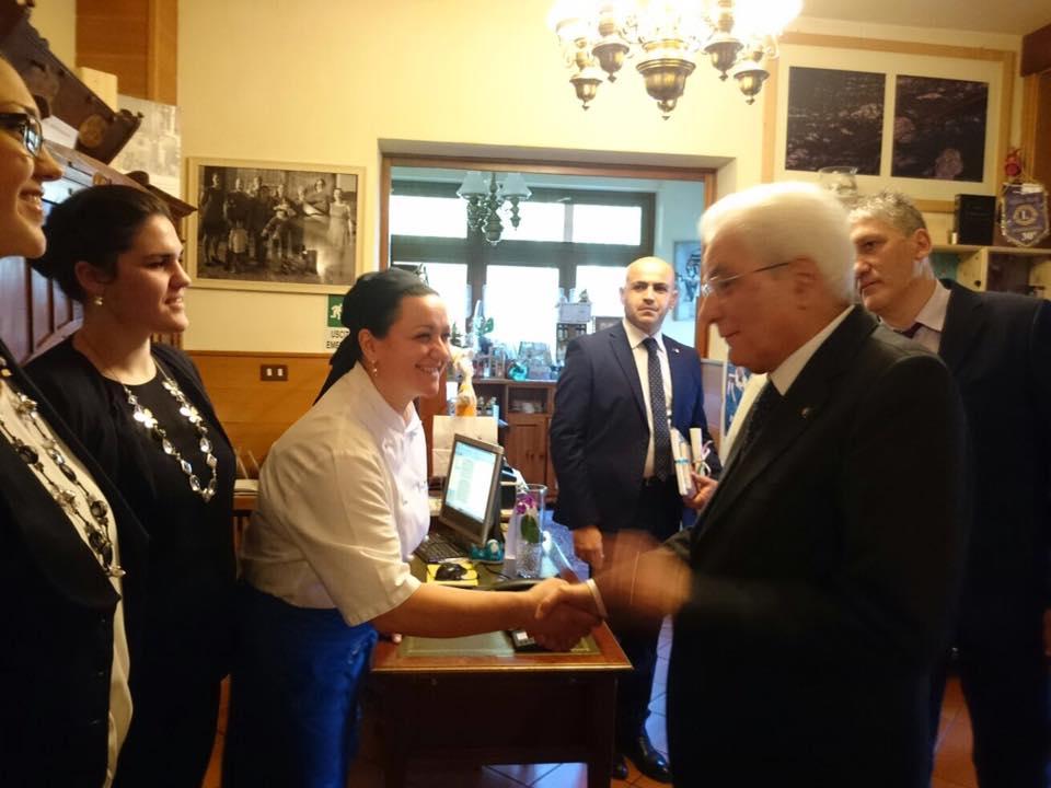 Il Presidente Mattarella dalla socia ristoratrice Gabriella Cottali