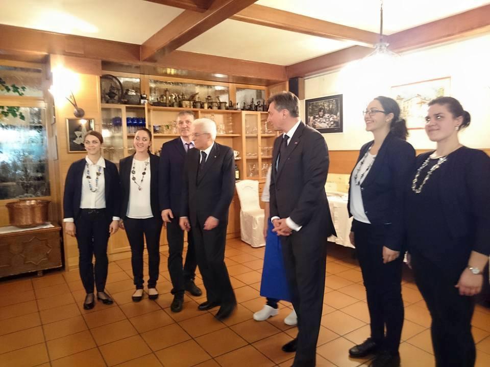 Gabriella Cottali e lo staff di Devetak con il Presidente Mattarella
