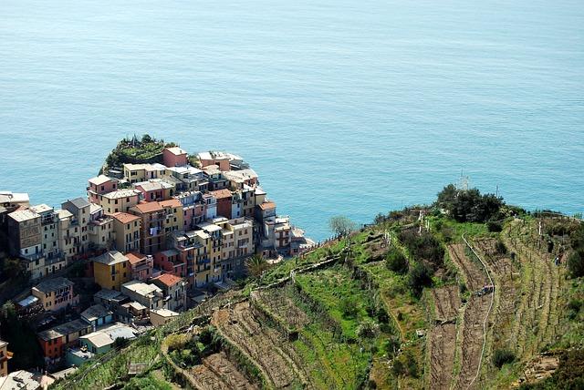 Viticoltura in Liguria: 4 vitigni per 4 sommelier