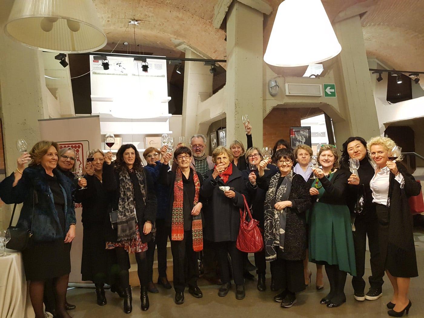 "Festa delle Donne del Vino ""Donne, vino e Cinema""  Torino"