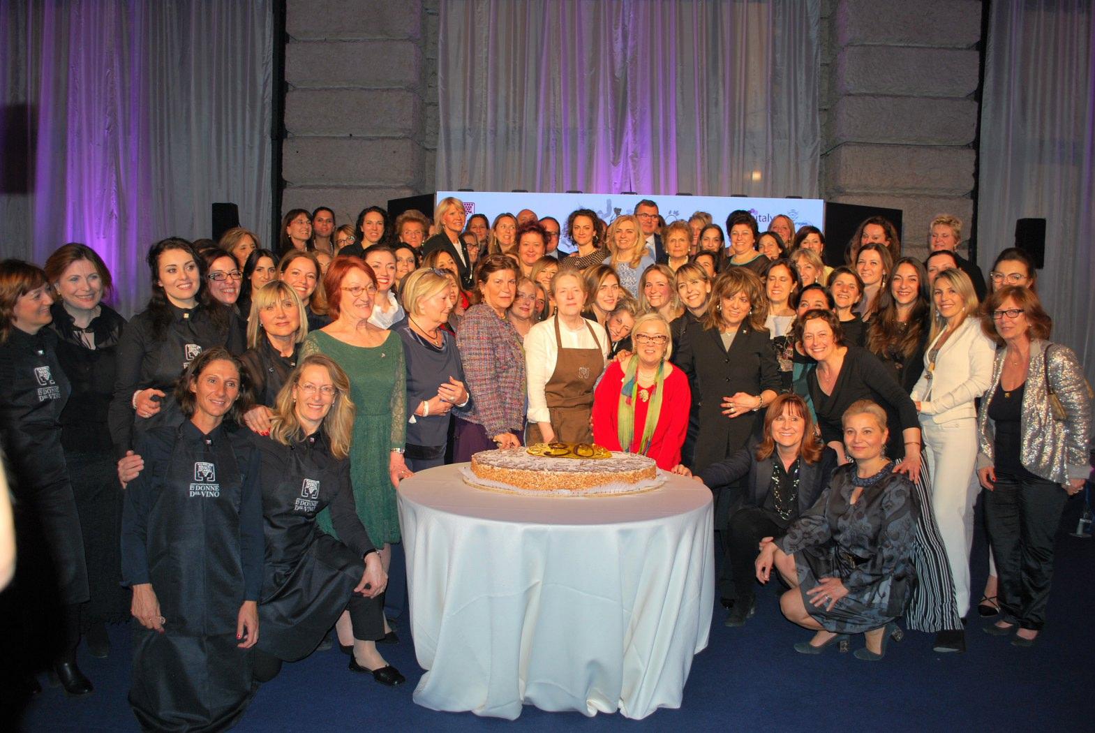 Vinitaly 2018. Festa per il trentennale delle Donne del Vino……momenti emozionanti di una splendida serata